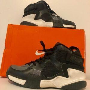 Previously Worn Nike Air Raids